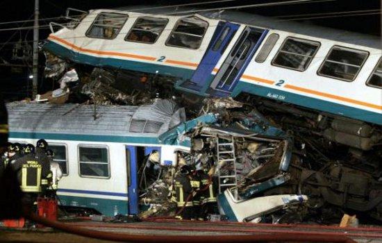 Treni che si accortocciano - Foto: web